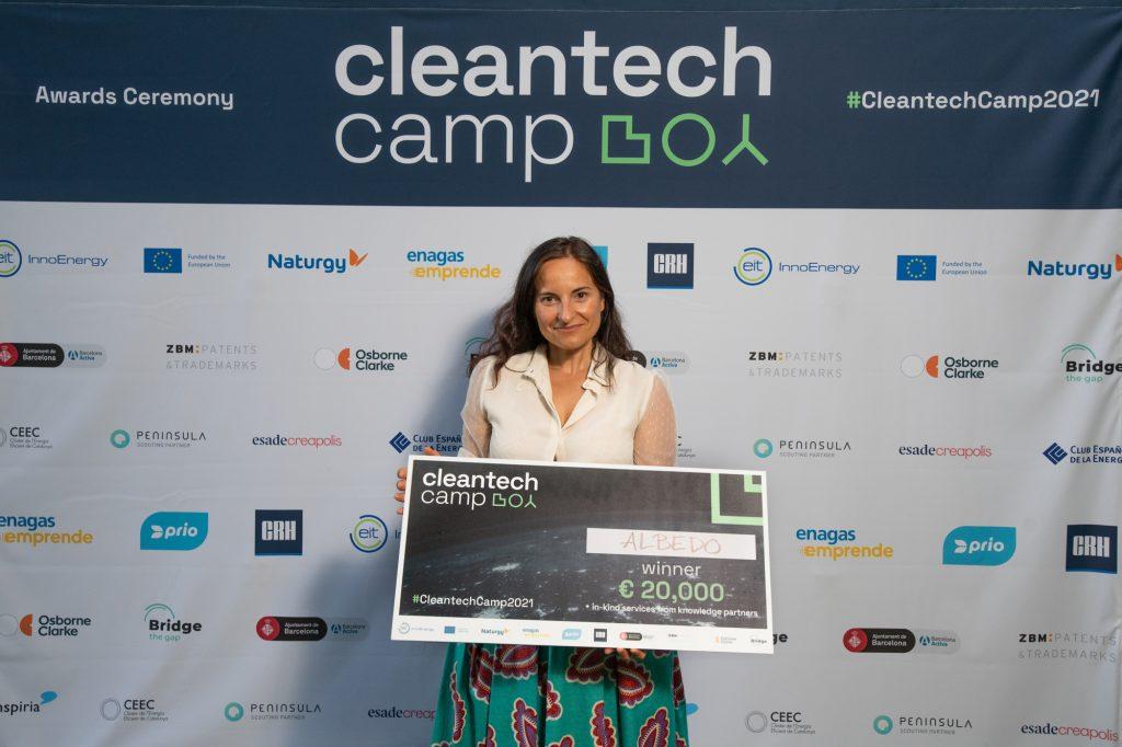 Laura-Lorenzo-ganadora-cleantechcamp-2021
